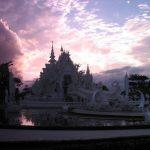 Белый храм Чианг Рая