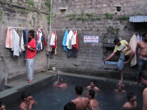 Vashisht-hot-spring