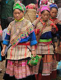 Hmong_women