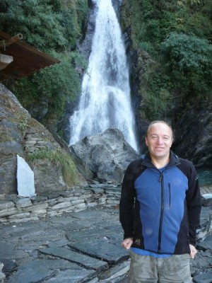 Waterfall bhagsu