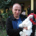 Украинские кролиководы предлагают соотечественникам спасение от холодных и долгих зим.