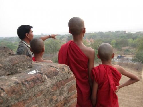 Bagan_Monk