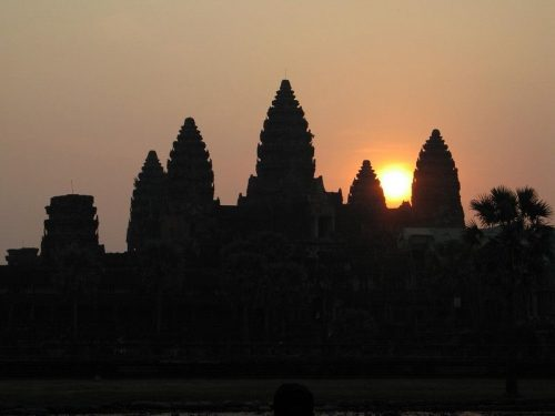 Sunrise_Angkor_Wat