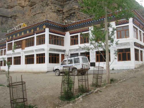 Monastery_Chomo