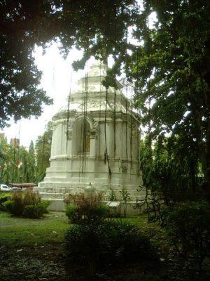 Chedi_Wat-Chang-Kong